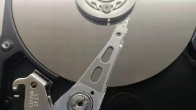 平遥某高中硬盘开盘数据恢复(现场开盘,立等可取)